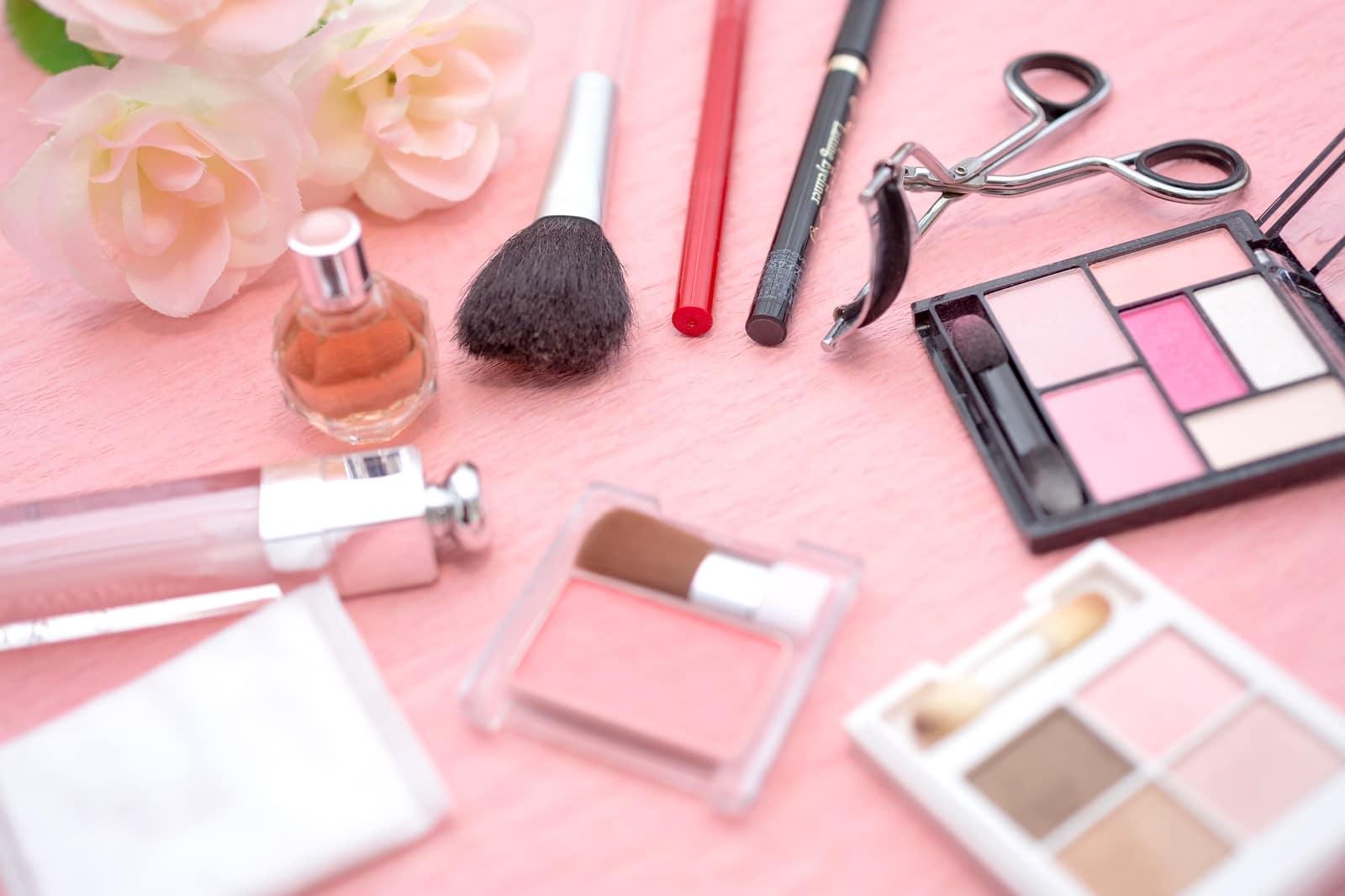化粧品 婚活
