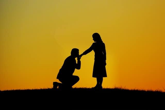 何回のデートでプロポーズされるのが良いの?