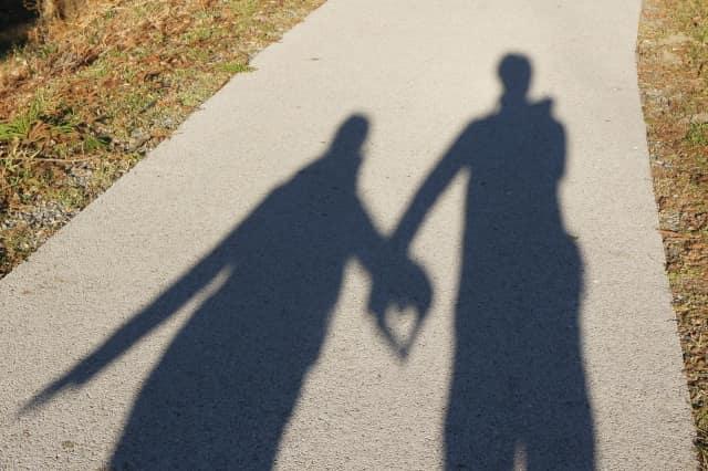遠距離婚活で役立つのが結婚相談所